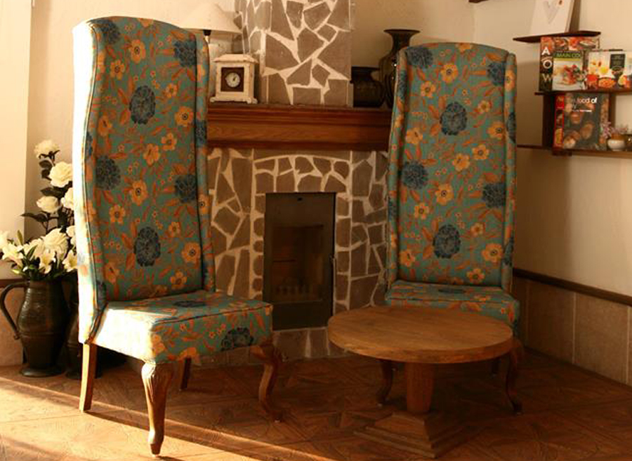 High Quality Wooden Hotel Furniture Manufacturers In India